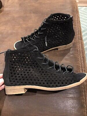 Musse & Cloud Anthropologie Black Perforated Lace Up Sandals Womens Size 7 NWOB