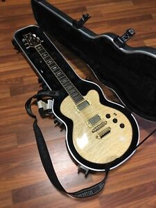 Ibanez Ivory Electric Guitar with SKB flight case
