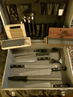 knife and case with assorted chef gagets