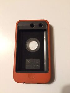Otter box case for iPod touch 4th gen