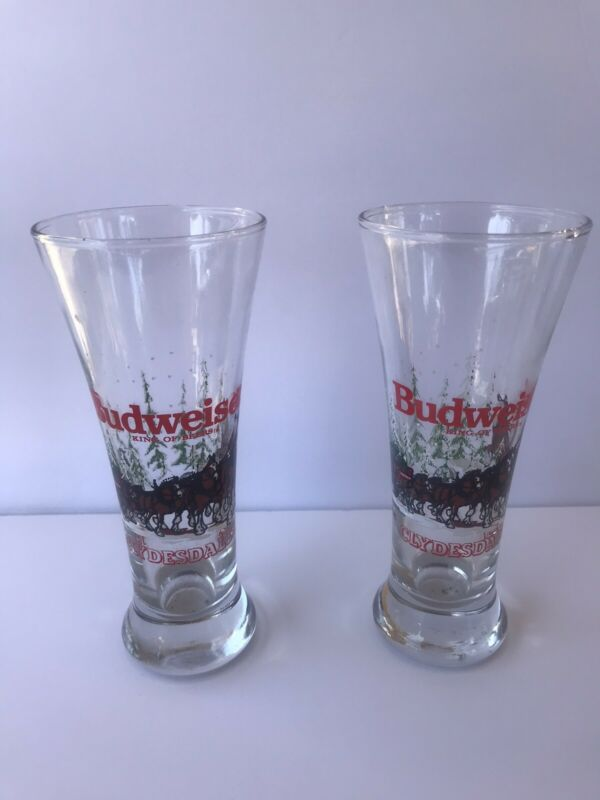 Vintage Budweiser Clydesdale Christmas Winter Pilsner Beer Glasses 1989 Lot of 2