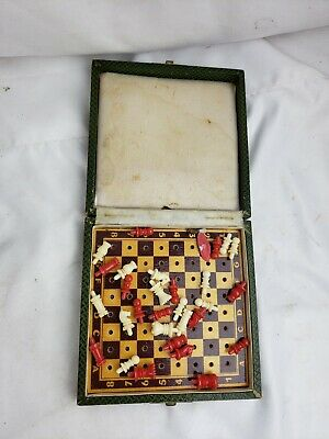 Nice vintage mini-chess set, some parts missing, cute