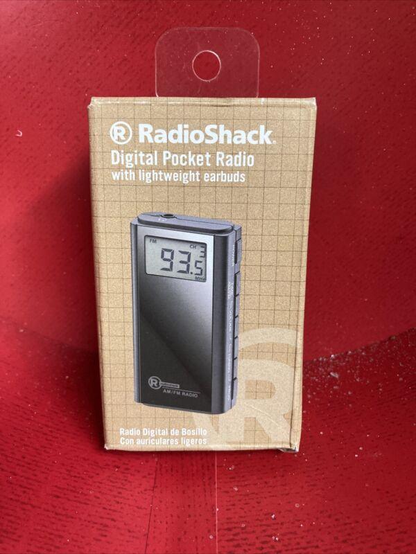 RadioShack AM/FM Digital Pocket Radio 1201518