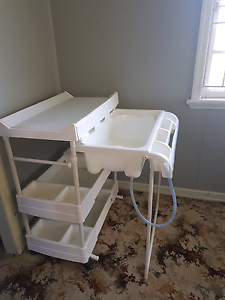 2 in 1 change table and bath Chermside Brisbane North East Preview