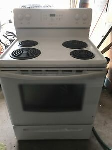 Frigidaire Electric Stove - White - Clean and works great