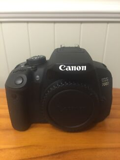 Canon Eos 700d- 6 months old! Murrumba Downs Pine Rivers Area Preview