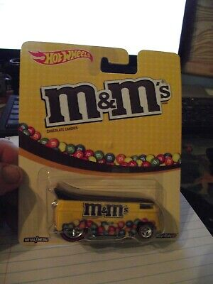 Hot wheels 1/64 M&M's vw drag bus yellow NIB