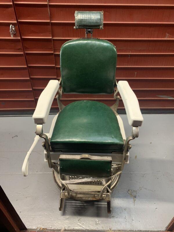 Authentic Vintage 1920s Vintage Barber Chair