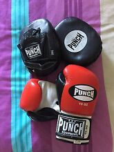 Boxing gloves and pads Heathridge Joondalup Area Preview