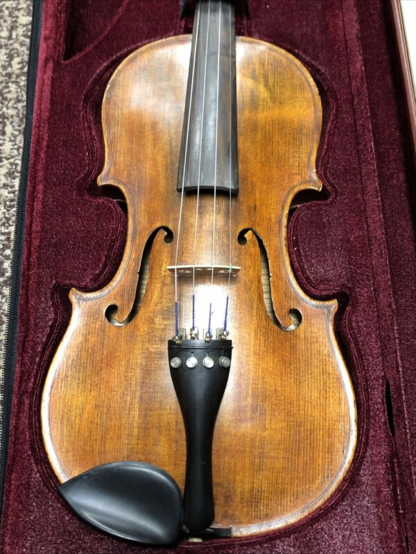 ANTIQUE VIOLIN (1/4) ANTONIOUS STRADIVARIOUS COPY MADE IN GERMANY W/BOW & CASE