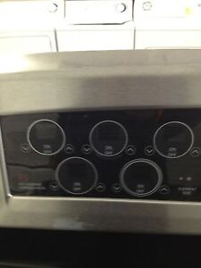 LG stainless glass top convection stove Stratford Kitchener Area image 4