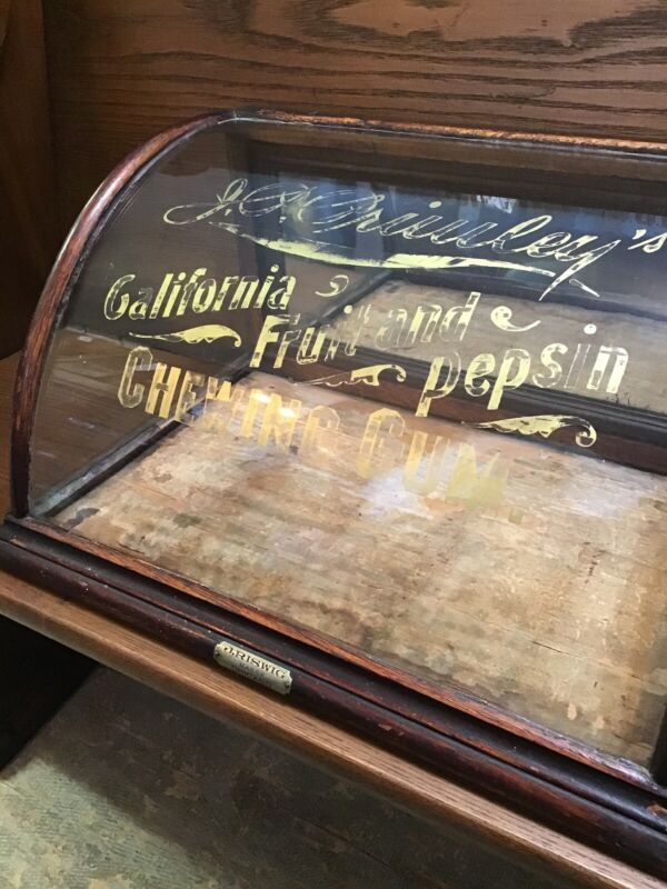 JP PRIMLEY'S GUM CASE BY J. RISWIG CURVED GLASS STORE DISPLAY CASE ANTIQUE.