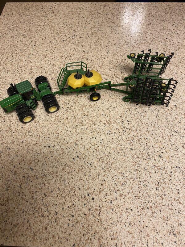 1/64 John Deere Toy Set