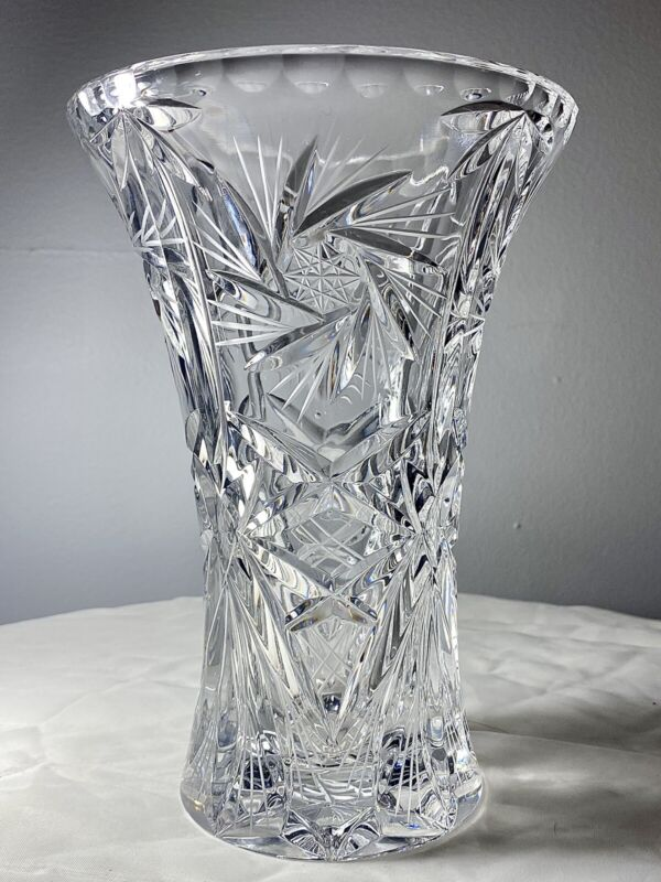 """Vintage Hand Cut Crystal Glass Etched Pinwheel 8 Point  Whirling Star Vase 7.5"""""""