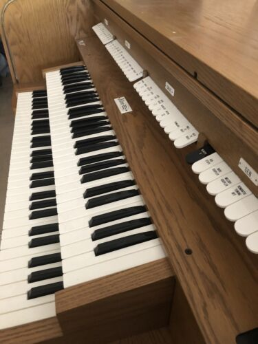 Allen Organ /with Bench And Pedalboard. Model MDS-5 - $5,000.00