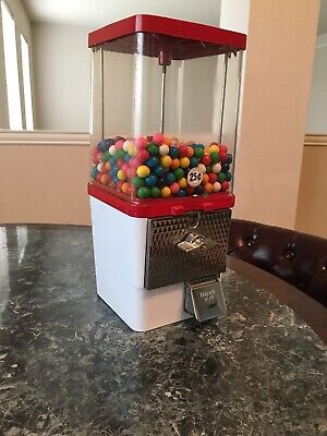 Vintage 25 Cent Gumball Machine With Key Working Condition