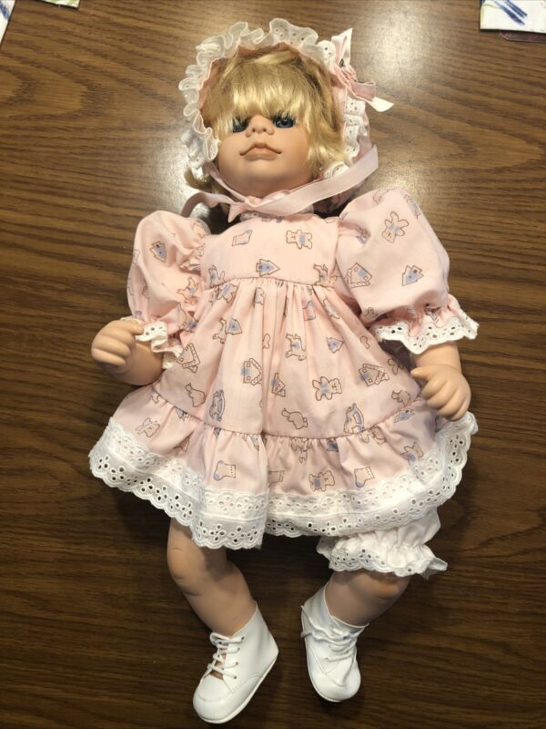 """Antique 1992 """"Brooke"""" Doll Sculpted by Holly Hunt, Effanbee -Original Clothes"""