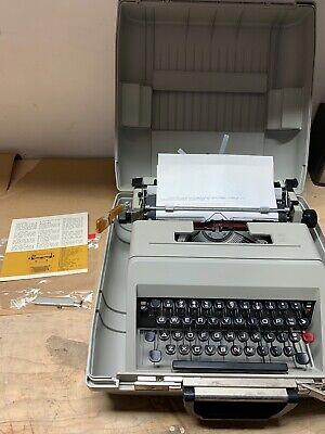 1970 Olivetti Studio 45 Vintage Manual Typewriter Working - w/Case SPAIN
