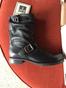 Women's FRYE boots NWT size 9.5