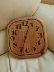 Verichron Quartz Wooden Wall Clock - Approx. 9 Square - It Works!-Made in USA