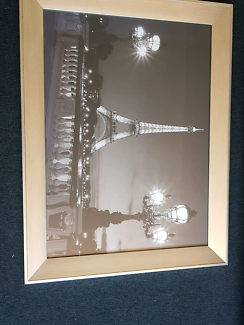 Framed paris picture