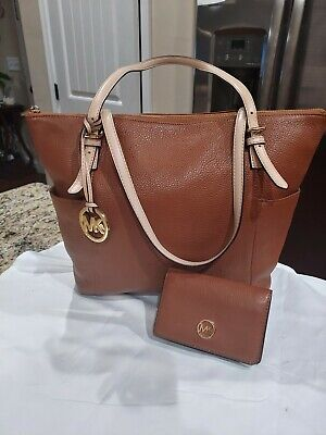 Michael kors brown leather jet set tote handbag and matching foldable wallet set