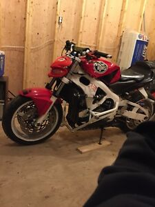 *Looking for 03-06 CBR600rr parts or whole bike*