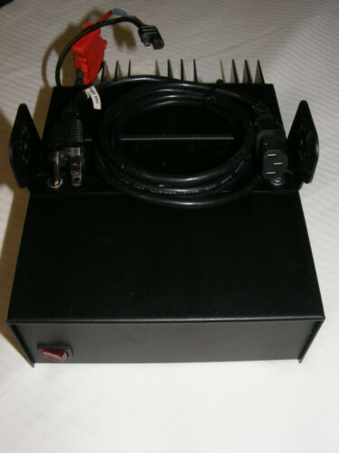 Astron SL-15R-RA 15 Amp 13.8VDC, Cooling Fan, With Motorola Bracket /Power Cable