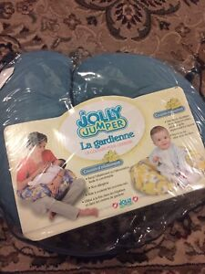 Nursing pillow with cover