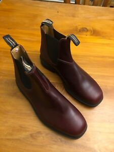 Blundstone Boots Size 9 Burgundy
