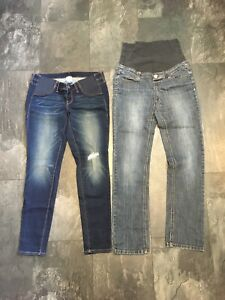 Maternity skinny jeans Size small (6)