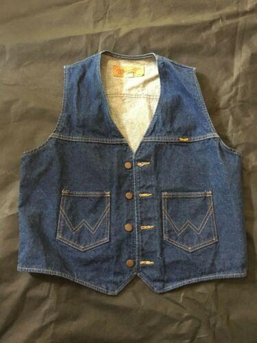 Wrangler Vintage Men's Blue Denim  Vest Size Large USA Made