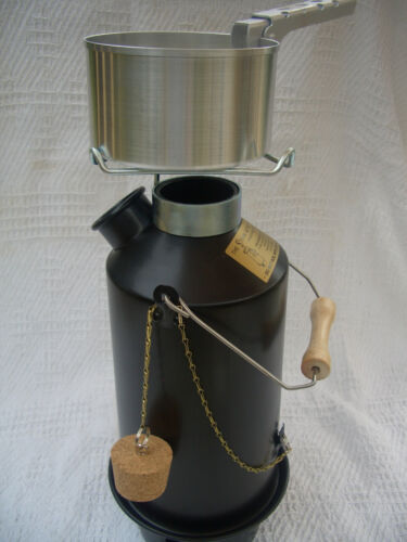 """STORM Kettle with CookKit, """"Original"""" model in BLACK Finish 1.5 l, from Eydon"""
