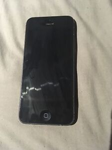 iPhone 5 (for parts) Hoppers Crossing Wyndham Area Preview