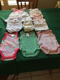 Baby girl clothes size 0000