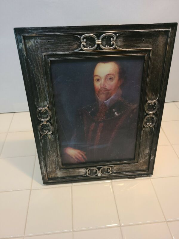 Halloween Gemmy Picture Frame Portrait Talking Changing Face Man Red Eyes
