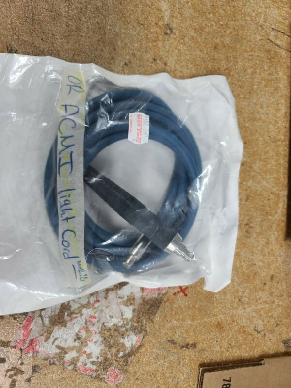 Circon ACMI g93 fiber optic light cable 7ft nice condition