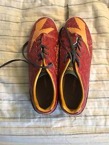 Diadora indoor soccer shoes size 8.5