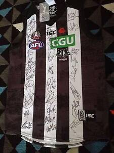 Collingwood Autographed/Signed Jumper/Jersey/Guernsey 2017 ANZAC Pascoe Vale South Moreland Area Preview