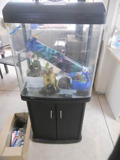 AQUARIUM ON STAND WITH ALL ACCESSORIES Glossop Berri Area Preview