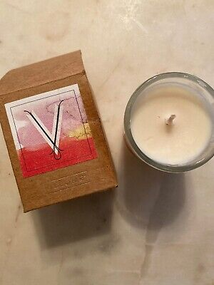 """Anthropologie Illume Soy Scented Monogram Candle """"V"""" $24 Retail New"""