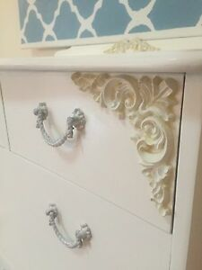 Elegant French Chest of Drawers / Dresser & Mirror Cashmere Pine Rivers Area Preview