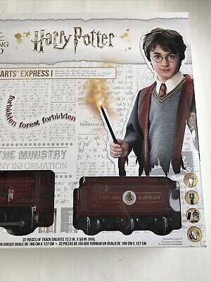 Harry Potter Wizard World Hogwarts Express Lionel 37 Piece Train Set NIB
