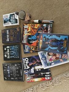 Dr Who Books, Comics, Sonic Screwdriver & Mug Clear Island Waters Gold Coast City Preview