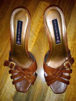 24412141cab Steven by steve madden leather wooden mules size US 9 AU 8.5 used