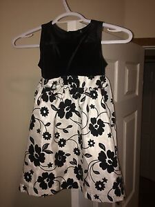 Girls Dress - 4T
