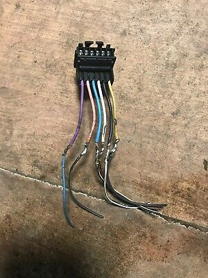 Renault Clio MK2 2001-2006 NS Rear Light Bulb Holder Wire Wiring Repair Loom