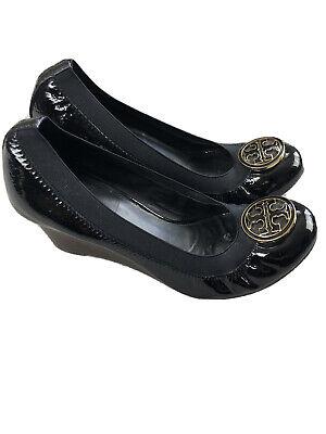 TORY BURCH Black Patent Leather Caroline Wedge Bendable Gold Logo  Size 8