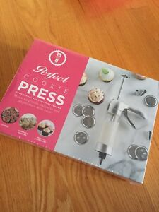 Perfect Cookie Press, Brand New, Still in All Packaging!