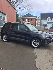 2014 VWTiguan Comfortline SHOWROOM CONDITION